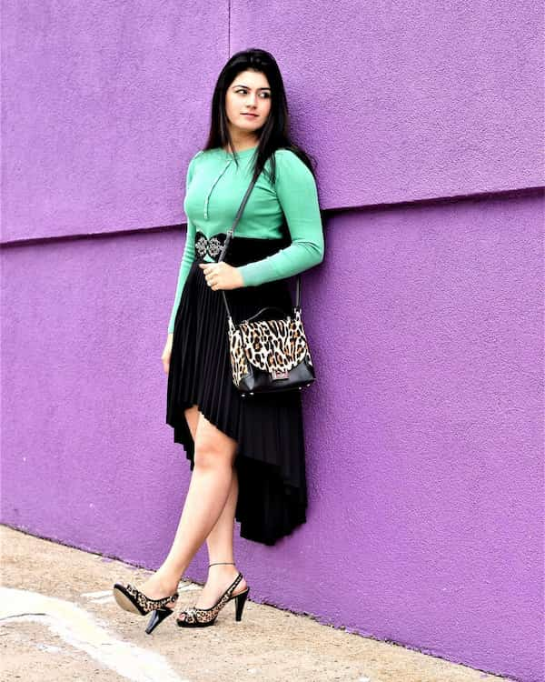 CasualHigh Low Skirt Outfit
