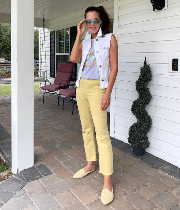Inner Wear + Handless White Top + Jeans + Flat Yellow Shoes