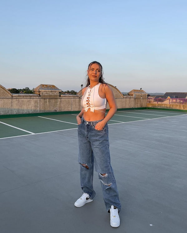 Rib Ruched Crop Top + Ripped Baggy Jeans + Nike Shoes