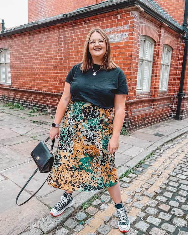 Midi Skirt Outfit for Plus Size